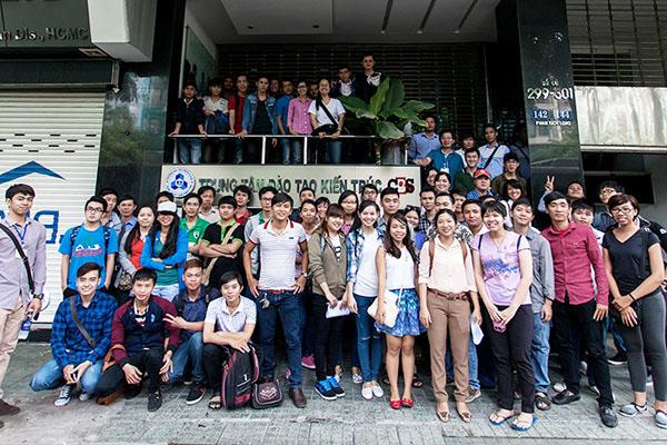 Hình ảnh học viên cbs tham quan tìm hiểu dự án The Park