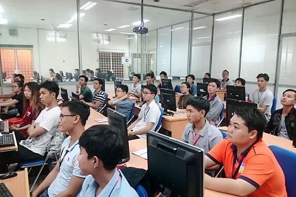Khai giảng lớp autocad, sketchup 2017 được APEC tài trợ 100%