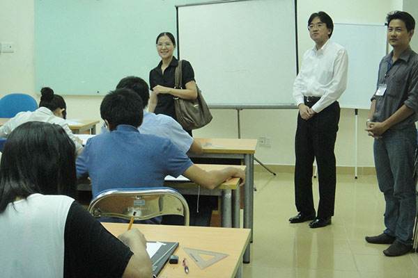 Kiến trúc sư Maruyama Akira ghé thăm lớp họa viên kiến trúc CBS